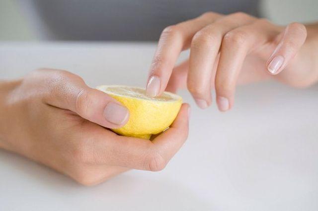 Яйца цесарки: полезные свойства, в чем вред, как употреблять, калорийность